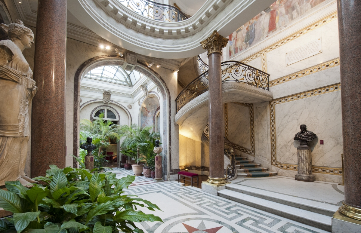 Vues int rieures mus e jacquemart andr une collection for Expo design paris